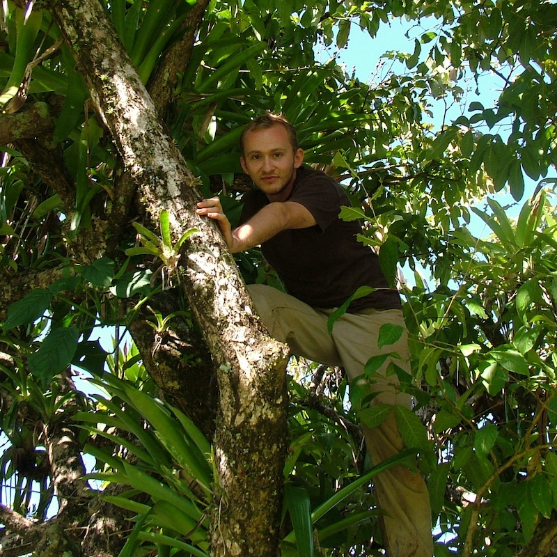 Piotr in Panama in 2006, as a M.Sc. Student at Jagiellonian University, and a Smithsonian Tropical Research Institute research fellow.